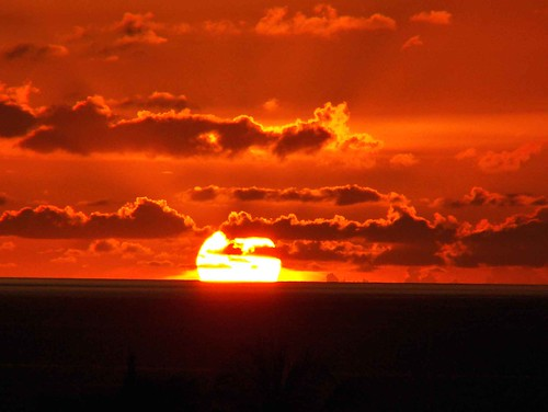 ocean sunset sun sumatra indonesia solar seasia indian tsunami aceh breathtaking sabang nad bandaaceh damncool smorgasbord barisan aplusphoto nanggoeacehdarussalam coolestphotographers alemdagqualityonlyclub goldenheartaward