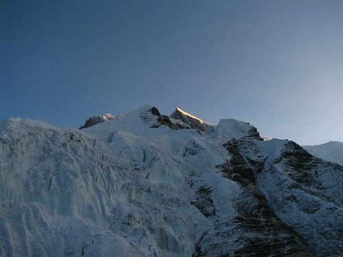 nepal sunrise trek geotagged dawn glacier mountaineering alpenglow lhotse islandpeak solukhumbu sagamartha lhotseshar geo:lat=2792052610906926 geo:lon=8693503490426679