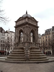 Fontaine des Innocents
