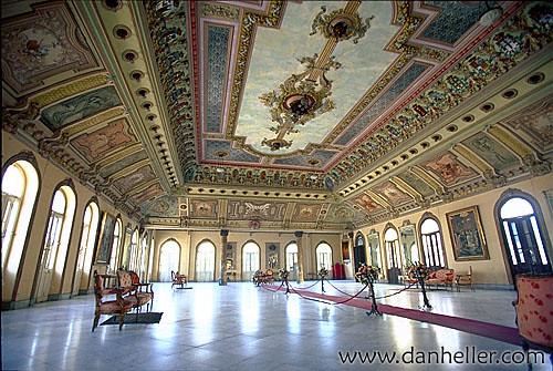 Casino Español de la Habana is now PALACIO DE LOS MATRIMON