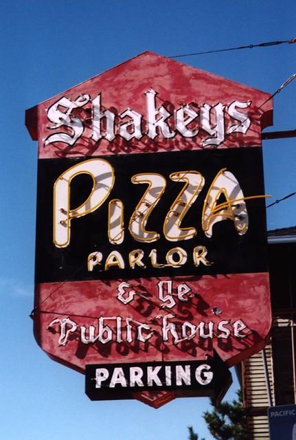 shakey u0026 39 s pizza