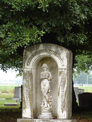 Cemetery monument, Stoneville MS