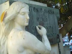 Monumento a Antonio Maura