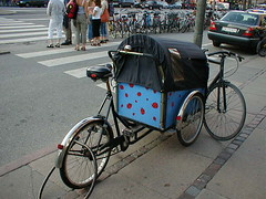 rickshaw, bicycle trailer, vehicle, mode of transport, sports equipment, land vehicle, carriage, bicycle,
