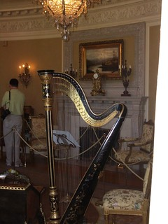 Harp inside Pittock