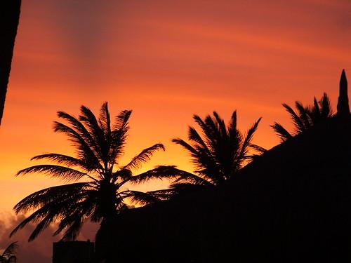 vacation sunrise iso100 fuji carribean aruba finepix fujifilm 25mm f32 s3100 0ev 002sec 0x7c3c25