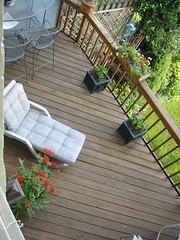 roof(0.0), backyard(1.0), outdoor structure(1.0), garden(1.0), yard(1.0), deck(1.0), balcony(1.0),
