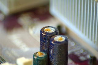 capacitors_4707