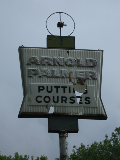 Sign, Arnold Palmer Putting Courses in East Lake (Birmingham-area)