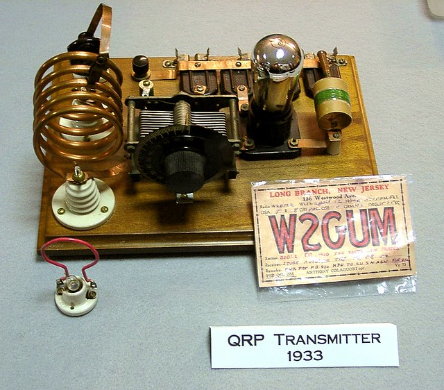 One Tube QRP Transmitter http://www.flickr.com/photos/badwsky/34496105/