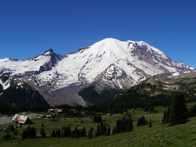 Mount Rainier From Sunrise Visitor Center Flickr Photo