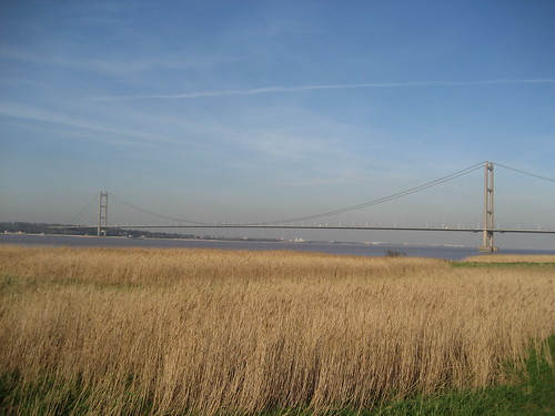 Humber Bridge April 07 001
