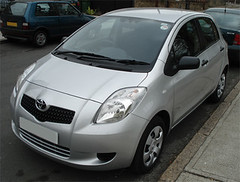 automobile(1.0), toyota(1.0), vehicle(1.0), toyota vitz(1.0), city car(1.0), toyota yaris(1.0), land vehicle(1.0), hatchback(1.0),