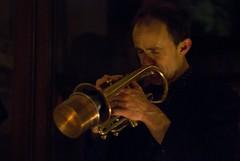 string instrument(0.0), violin(0.0), trumpet(0.0), guitarist(0.0), guitar(0.0), singing(0.0), classical music(1.0), trombone(1.0), musical instrument(1.0), music(1.0), trumpeter(1.0), brass instrument(1.0),