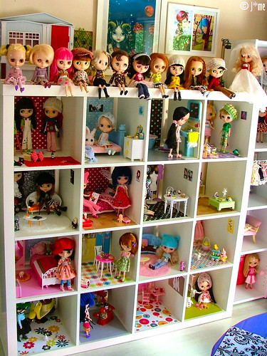 THE shelf of dolls