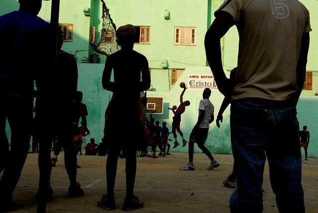 El Cristo del Volley - The Decisive Moment in Street Photography