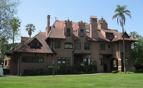 Big orange landmarks no 30 doheny mansion for Murder house tour los angeles