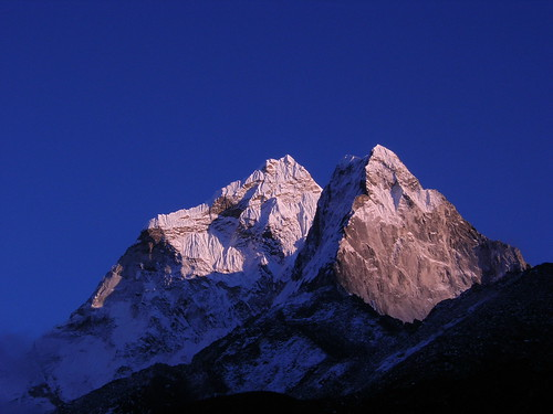 nepal sunset mountains expedition himalaya khumbu amadablam node:id=173