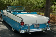 automobile, automotive exterior, 1955 ford, vehicle, antique car, vintage car, land vehicle, luxury vehicle, convertible, motor vehicle,