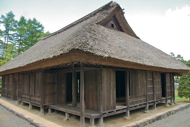 Traditional japanese house flickr photo sharing for Minimalist traditional house