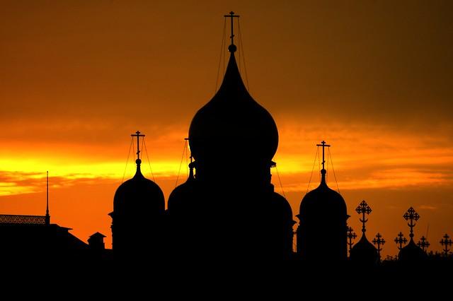 Kremlin sunset - Flickr CC John Leach