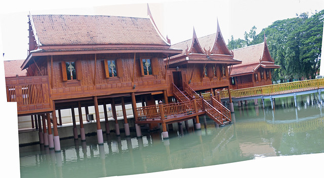 floating section of Vimanmek Teak Mansion  Explore vfowler…  Flickr - ...