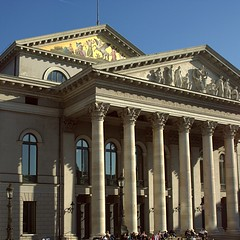 tourist attraction, basilica, classical architecture, ancient roman architecture, building, landmark, architecture, roman temple, ancient rome, facade, column,