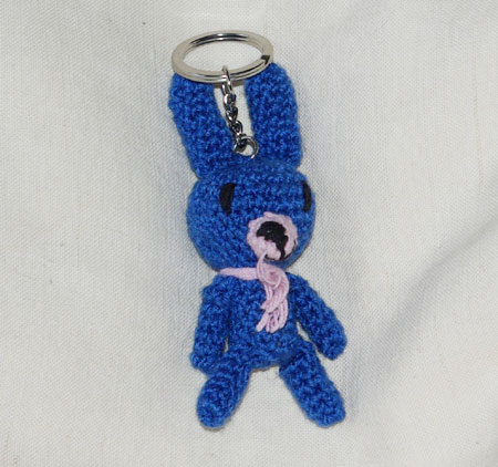 De fil en aiguille lapin en porte clefs - Fabriquer un porte clef ...