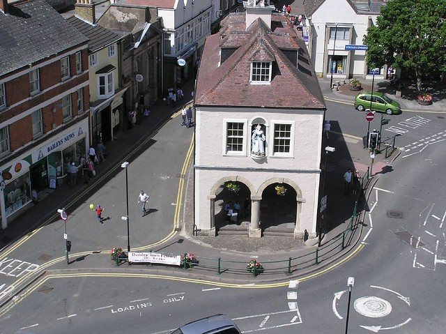 Dursley Town Hall & Market Place
