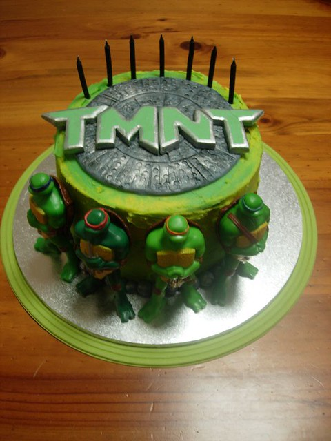 Tmnt Cake Chocolate Buttercake Filled With Oreo Biscuit