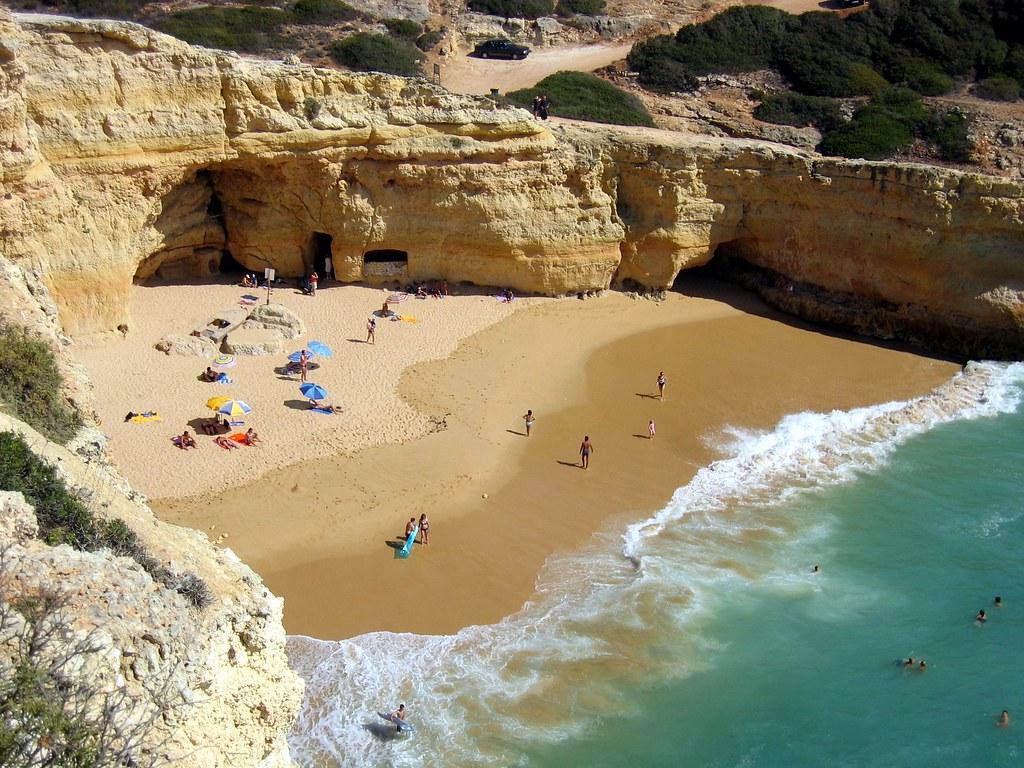 пляж Praia do Carvalho