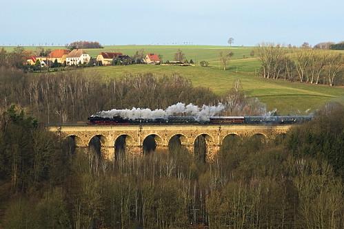 52 8131 auf dem Steinaer Viadukt
