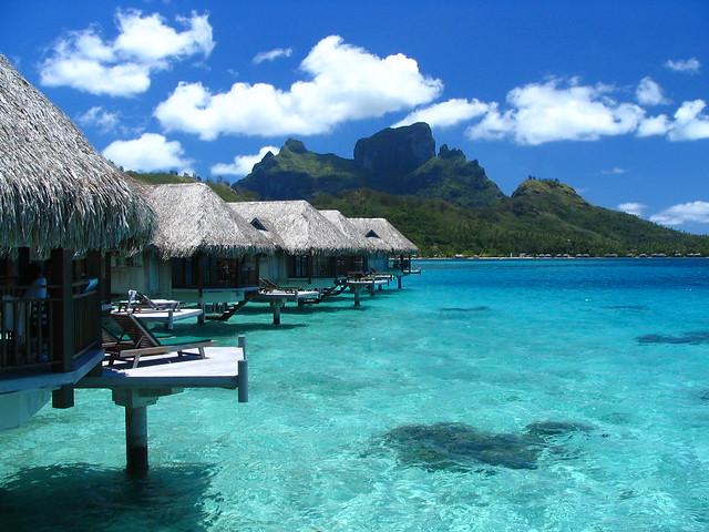 Bora Bora Travel Guide Amazon