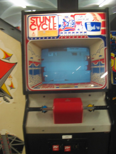 stunt cycle game