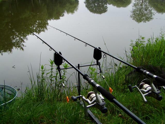 Carp fishing set up flickr photo sharing for Fishing rod setup
