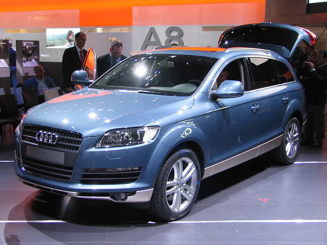 audi q7 hybride flickr photo sharing. Black Bedroom Furniture Sets. Home Design Ideas
