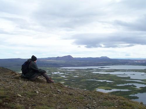 At the top of Vindbelgjarfjall