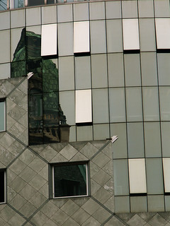 Vienna - Stephansdom reflected