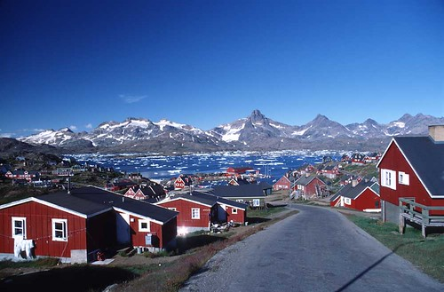 Settlement along the east coast of greenland