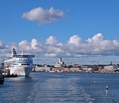 Leaving. (a.k.a. Hippo in the Helsinki Sky)