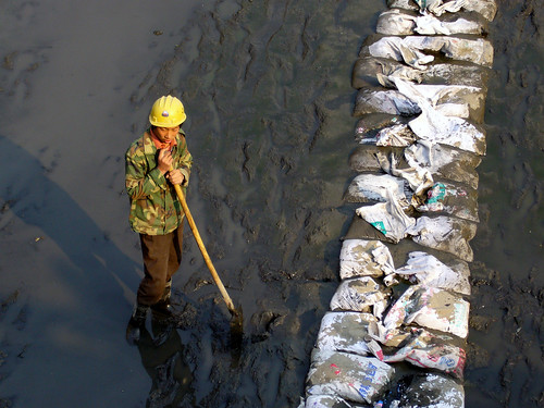 Worker at Xiaojie Qiao Canal