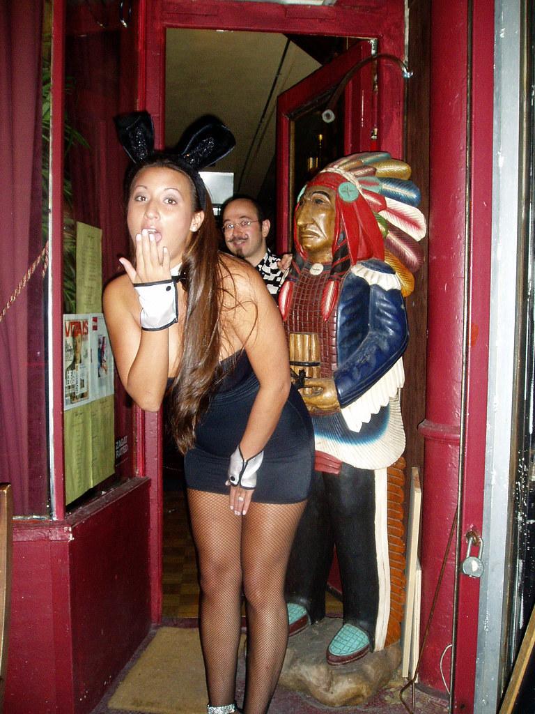 bars for halloween nyc 2018