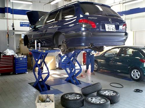 Peugeot Maintenance