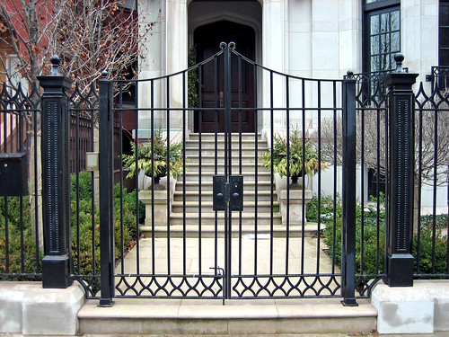 Prairie Avenue Gate