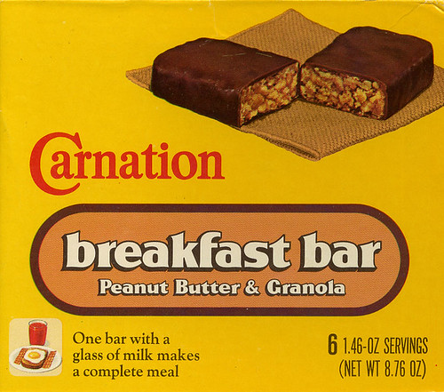 Carnation Breakfast Bars box