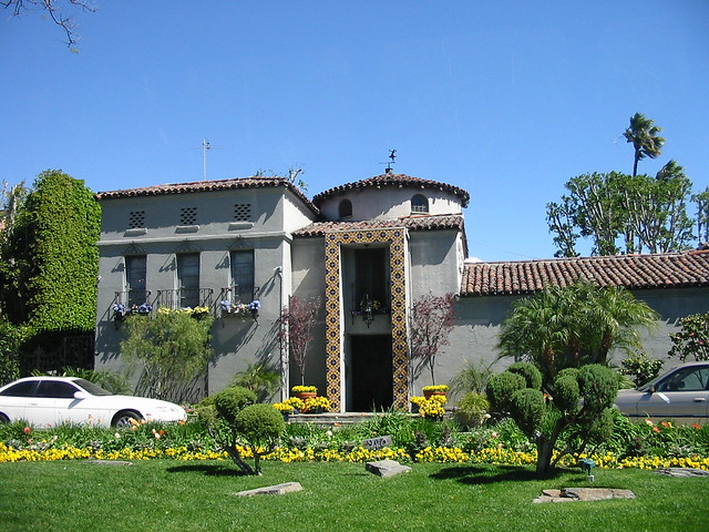 Celebrity house beverly hills flickr photo sharing for Beverly hills celebrity homes map