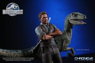 Chronicle Collectibles 侏羅紀世界【歐文.格雷迪與迅猛龍小藍】Owen and Blue Raptor 1/9 比例全身雕像作品
