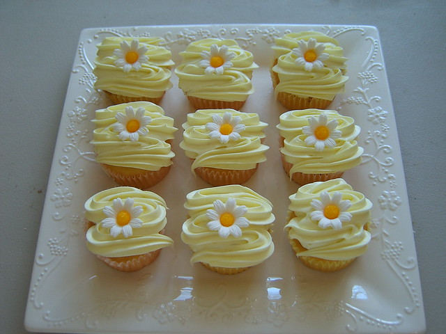 Daisy Cupcakes - Easter Order