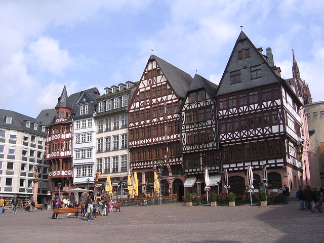 TOP_10_Must-See_Attractions_in_Frankfurt4