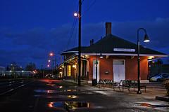 depot-at-nite